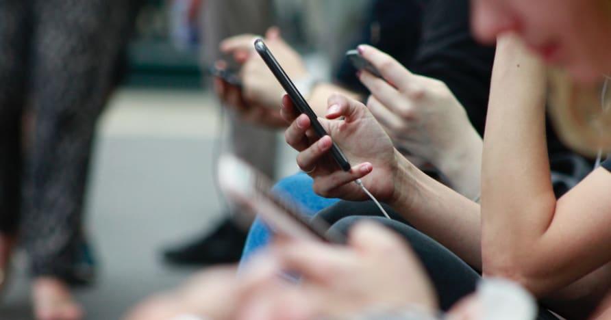 Oyun oynamak için telefonun pil ömrünü iyileştirmenin yolları